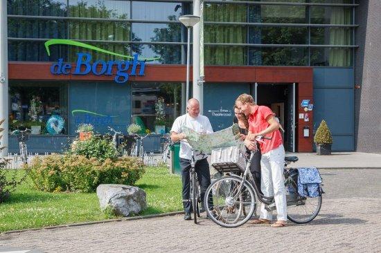 Zevenbergen, เนเธอร์แลนด์: Exterior