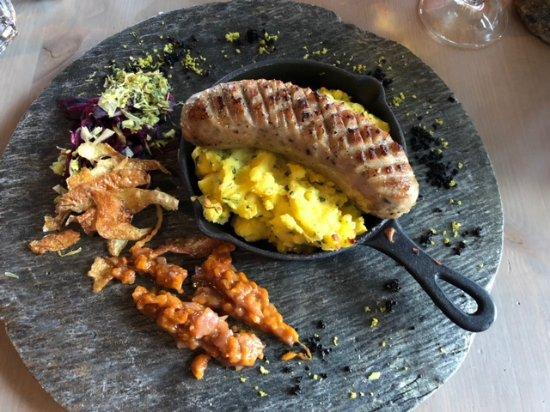 Noresund, Noruega: Speciality of the Day, moose sausage