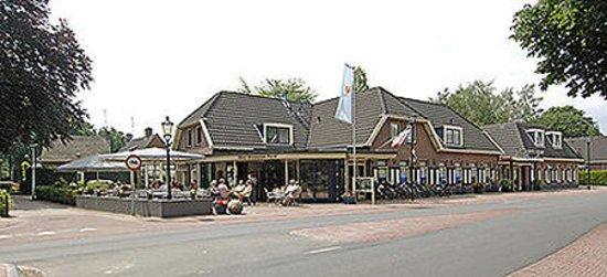 Hengevelde, Nederländerna: Exterior