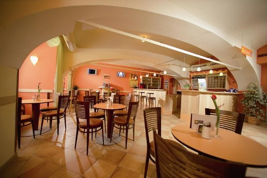 Oberwoelz Stadt, Østerrike: Bar/Lounge