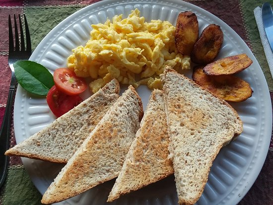 Rio Vista Resort: Jamaican-style 'continental breakfast'