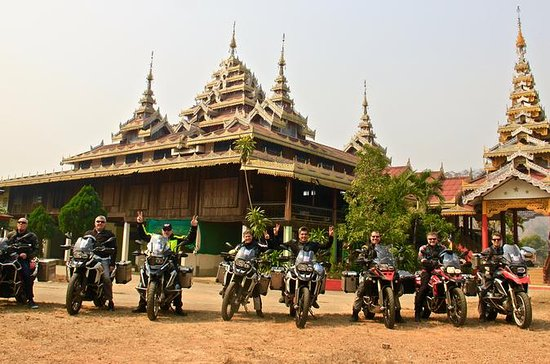 3-Day Guided BMW Motorcycle Tour of...