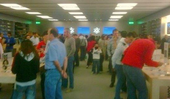 Orio Al Serio, Italia: Interno Negozio Apple Bergamo