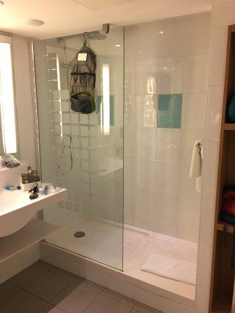 Novotel Liverpool: Bathroom of Room 622