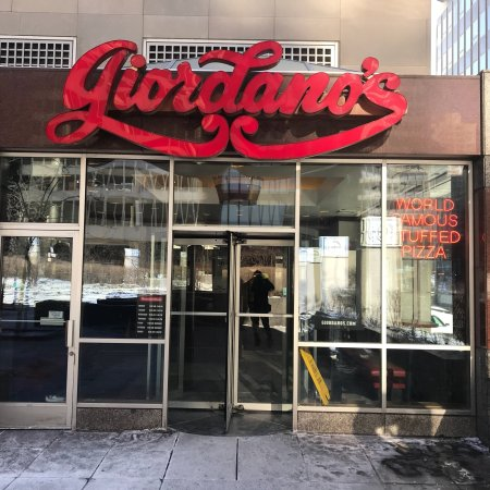 Giordano 39 s chicago pizza 38 for 17 w 350 22nd street oakbrook terrace il 60181
