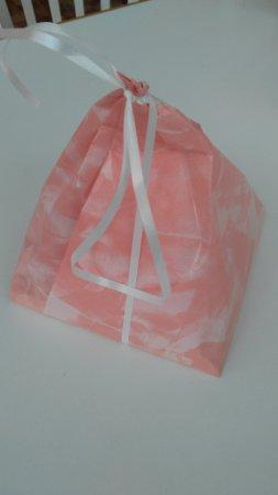 Cukrárna Saint Tropez: packaging