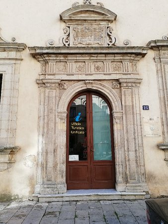 Caltagirone, Italie : IMG_20171228_123655_large.jpg