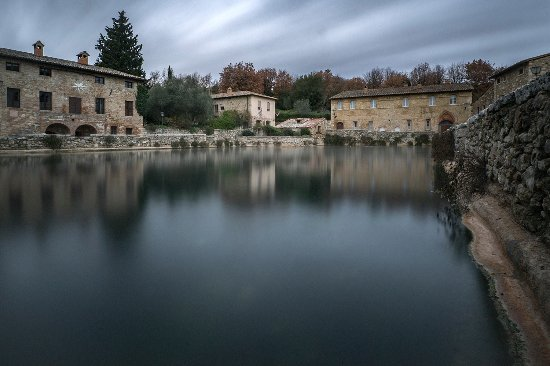 la vasca termale - Foto di Terme Bagno Vignoni, Bagno Vignoni ...