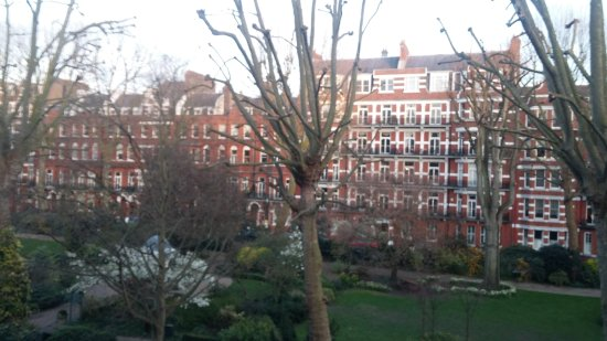 Hotel Indigo London Kensington : View from our room