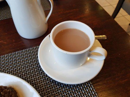 Best Western Plus Edinburgh City Centre Bruntsfield Hotel: A great cup of tea, a rarity these days