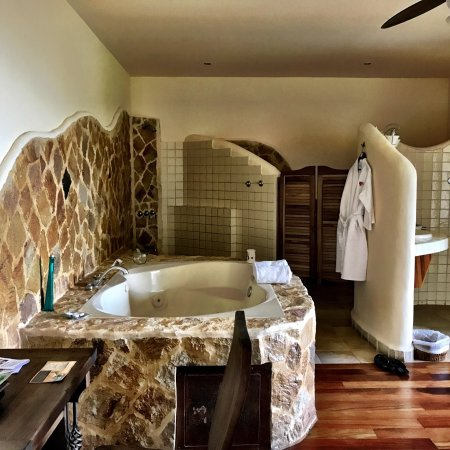 Issimo Suites Boutique Hotel and Spa: photo1.jpg