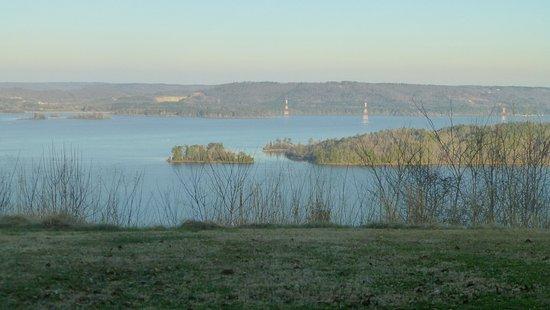 Lake Guntersville State Park Lodge Photo