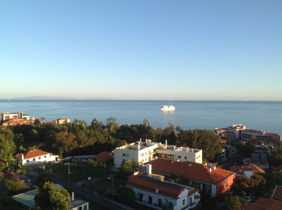 TUI SENSIMAR Savoy Gardens: Watching the cruise ships come in from our room
