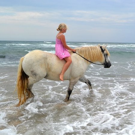 Marina Beach, South Africa: Kelly playing in the sea on Sirus