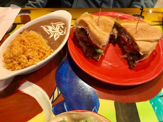 Monroe, NY: Good rice; average torta and beans