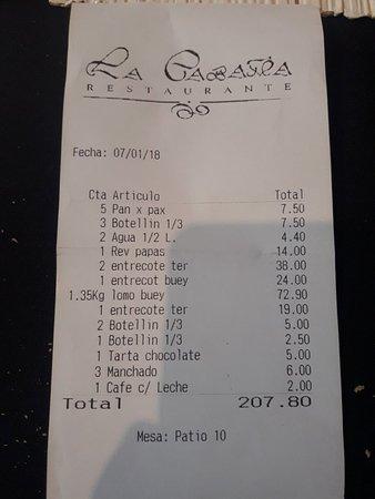La Cabaña Restaurante: Carne exquisita, trato cercano y amable.