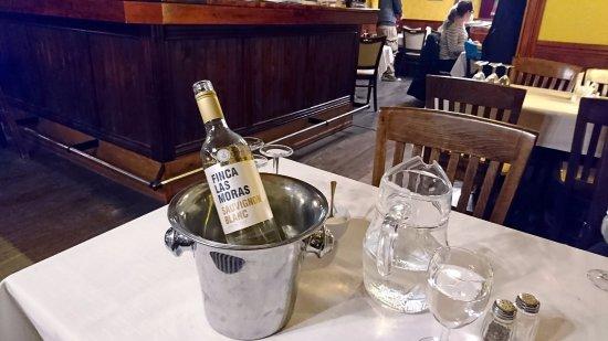 Muikkuravintola Sampo: вино к ряпушке