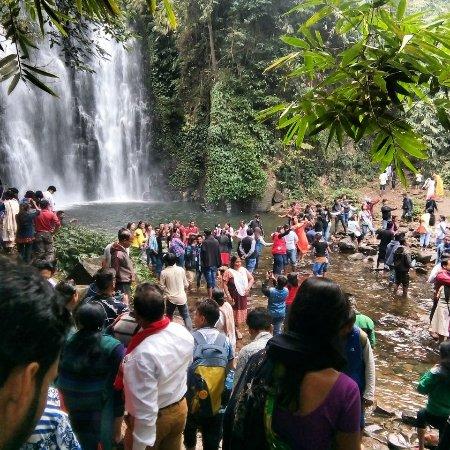 Bokakhat, Intia: Kakochang Waterfalls