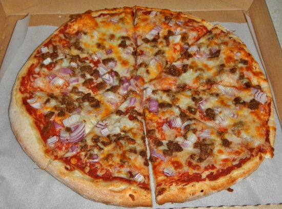 Monticello, UT: 14 inch Beef & Onion Pizza