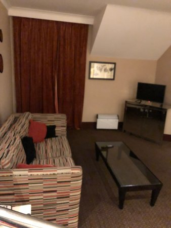 The Cheltenham Chase Hotel - A QHotel: Living room area from suite