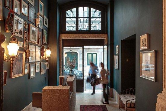 Dear lisbon gallery house lissabon portugal omd men och prisj mf relse tripadvisor for The interior design institute online reviews