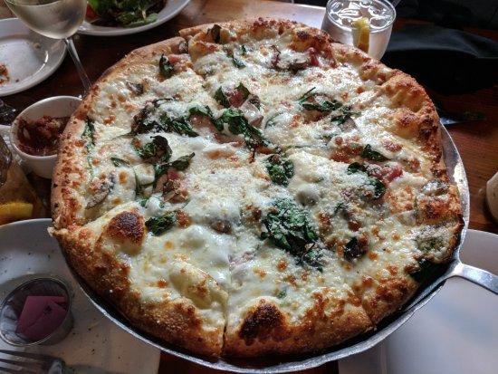 Andolini's Pizzeria : Frederico Pizza