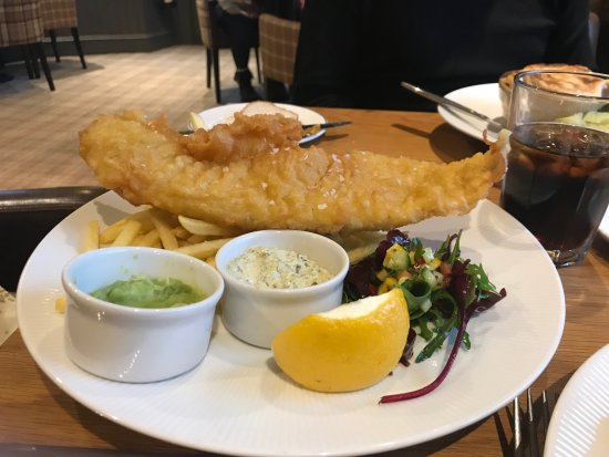 ‪‪Maryculter‬, UK: BEER BATTERED NORTH SEA HADDOCK‬