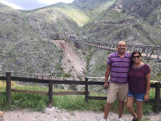 Northern Mexico, Meksiko: Puente colgante en Mapimi Durango, una experiencia increible !!!