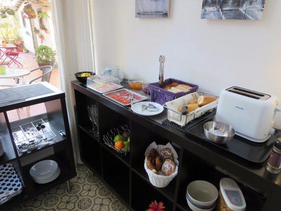 Tripledos : Le buffet du petit-déjeuner...