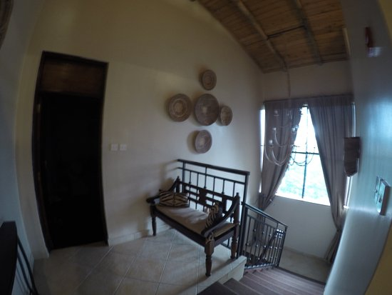 Palacina Residence & Suites: Double level room reception