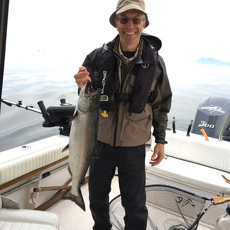 Clayoquot Ventures Tofino Fishing : Great fishing with Mike.