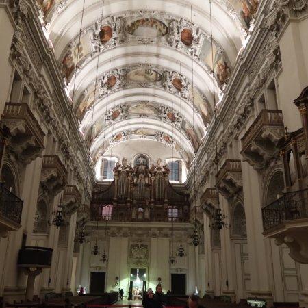 תמונה מSalzburg Cathedral