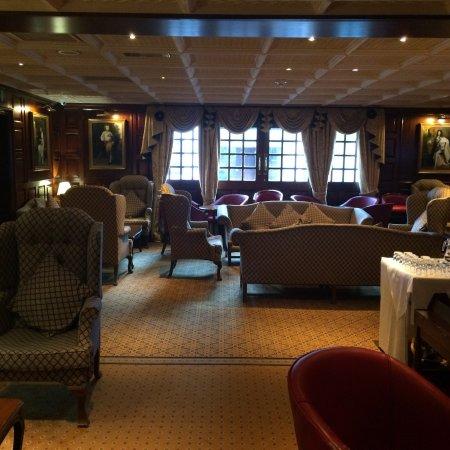 The Barn Hotel Ruislip Restaurant