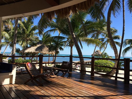 La Perla Del Caribe: Spacious deck in front of Sapphire Villa, showing beach and sea right in front