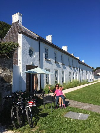Rathlin Island, UK: Relaxing after family cycle ride