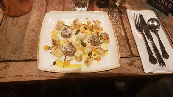 Minster, UK: Butternut and muschroom Gnocci, delicious!