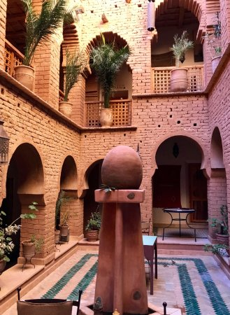 Luxury desert riad with traditional decor; great food and hospitality