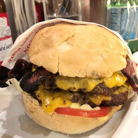 Madero Steak House Photo2 Jpg