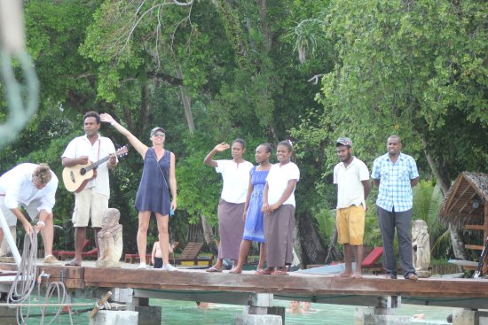 Ratua Island Resort & Spa : Farewell to these lovely people!! xx