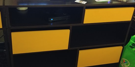 some drawers on the tv desk area all were dirty inside photo de super 8 by wyndham belen nm. Black Bedroom Furniture Sets. Home Design Ideas