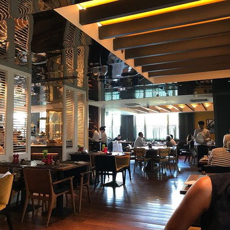 Sofitel Saigon Plaza: photo0.jpg