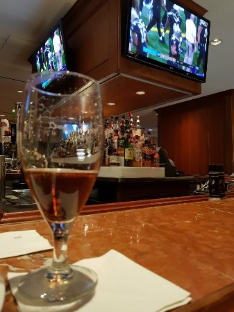 Renaissance Concourse Atlanta Airport Hotel: 20180107_191133_large.jpg