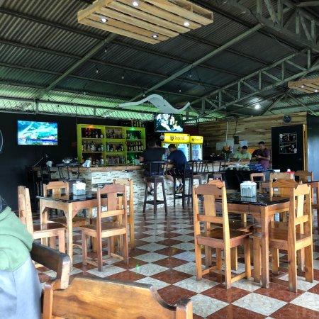 Horquetas, Kosta Rika: La Comida súper bien presentada , deliciosa y a buen precio.