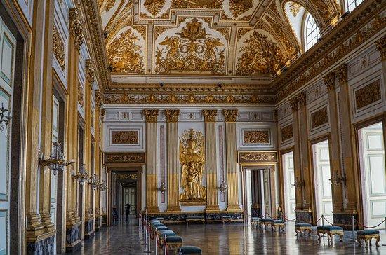 Guía de viaje del Palacio Real de...
