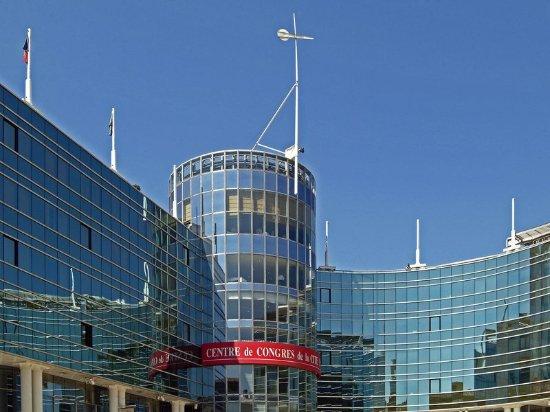 Mercure Bordeaux Cité Mondiale Centre Ville : Exterior