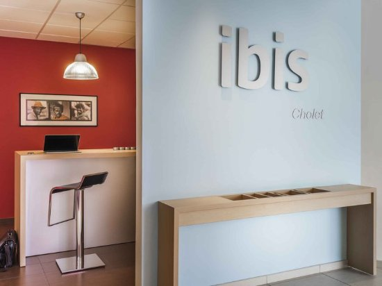 ibis cholet cholet frankrijk foto 39 s reviews en prijsvergelijking tripadvisor. Black Bedroom Furniture Sets. Home Design Ideas