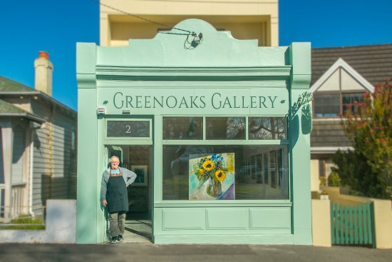 ‪Greenoaks Gallery‬