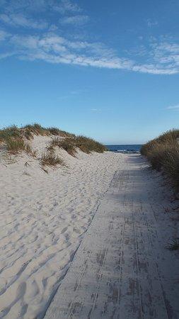 Loderup, Sverige: The boardwalk to the sea
