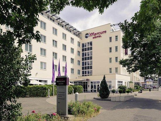 Neu-Isenburg, Alemania: Exterior