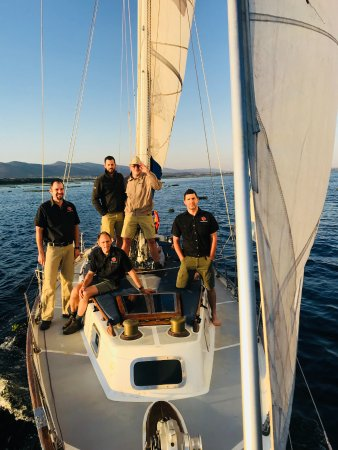 Hartbeespoort Yacht Charters: Business Cruise
